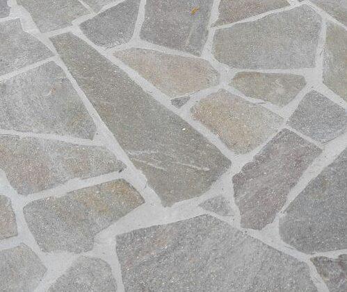 pavimento a mosaico o palladiana in porfido rosso del trentino