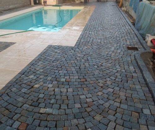 pavimento con cubetti sanpietrini in porfido trentino colorazione mista
