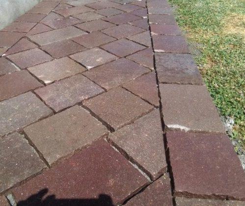 Pavimento piastrelle squadrate in porfido del trentino a lati tranciati