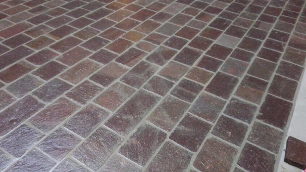 Posa pavimenti in porfido per esterni: prezzi e costo al mq