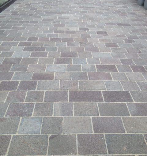 Posa pavimenti in porfido per esterni e interni i pelganta giorgio - Le piastrelle del pavimento di un locale ...
